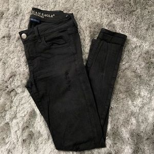 American Eagle Distressed Jegging 🦅